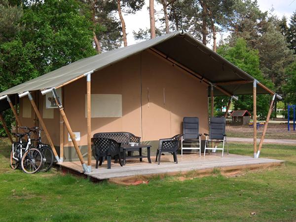 Safaritent-met-badkamer-en-keuken---Camping-Mareveld